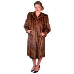 Vintage Swing Coat Muskrat Fur Extreme 1940s Big Shoulders Vogue Shop M - The Best Vintage Clothing  - 6
