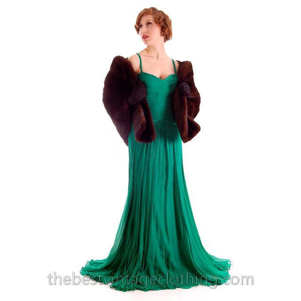 Modern Vera Wang Gown Green Silk Chiffon 1940s Look Size 2 or 4 - The Best Vintage Clothing  - 2