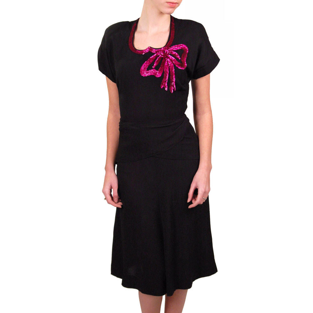 Vintage Black Rayon Dress W/Fuchsia Sequin Bow 1940'S - The Best Vintage Clothing  - 1