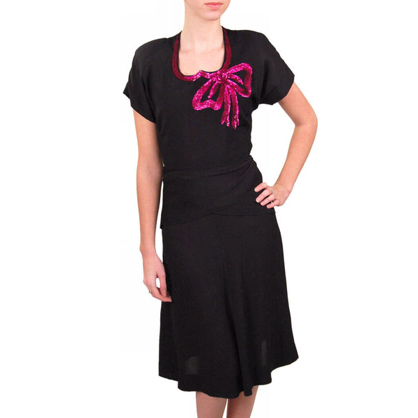 Vintage Black Rayon Dress W/Fuchsia Sequin Bow 1940'S - The Best Vintage Clothing  - 2