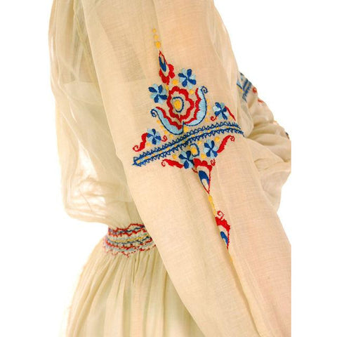 Vintage Young Womans Ivory Gauze Dress Peasant Embroidered 1920s Small