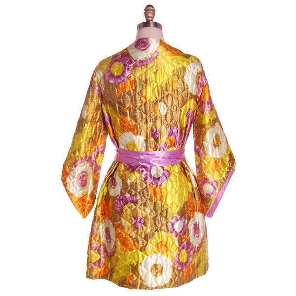 Vintage Quilted Short Robe Floral Satin Sears Brand Never Worn 1960s Medium - The Best Vintage Clothing  - 9