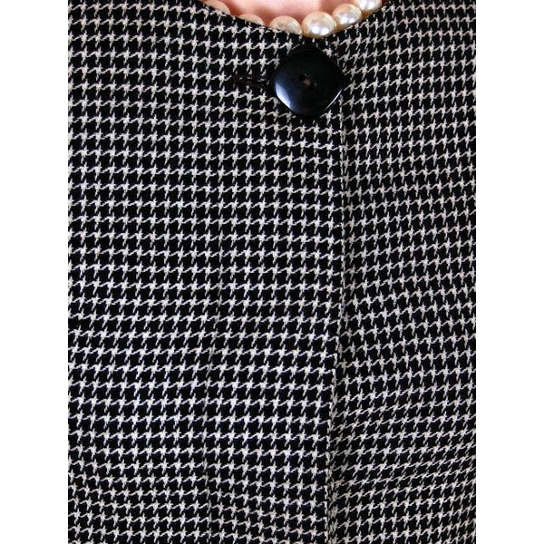 Vintage Ladies Herringbone Tweed Wool Peplum  Blazer Guy Laroche 1980s - The Best Vintage Clothing  - 5