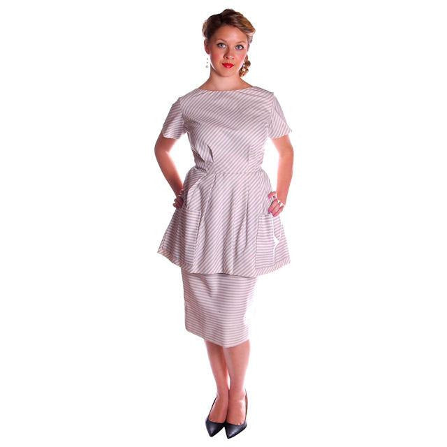 Vintage Apron Dress Cotton Maurice Rentner Unique  1950s 40-29-40 - The Best Vintage Clothing  - 1