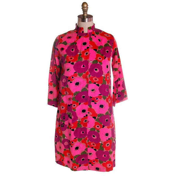 Vintage Dress Bright Pink Mod Print Corduroy Housecoat Robe  1960s S-M - The Best Vintage Clothing  - 1