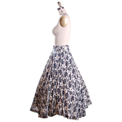 Vintage Circle Skirt Black & White Dragon Print 1950'S 26 Waist Daisy's of Miami - The Best Vintage Clothing  - 2