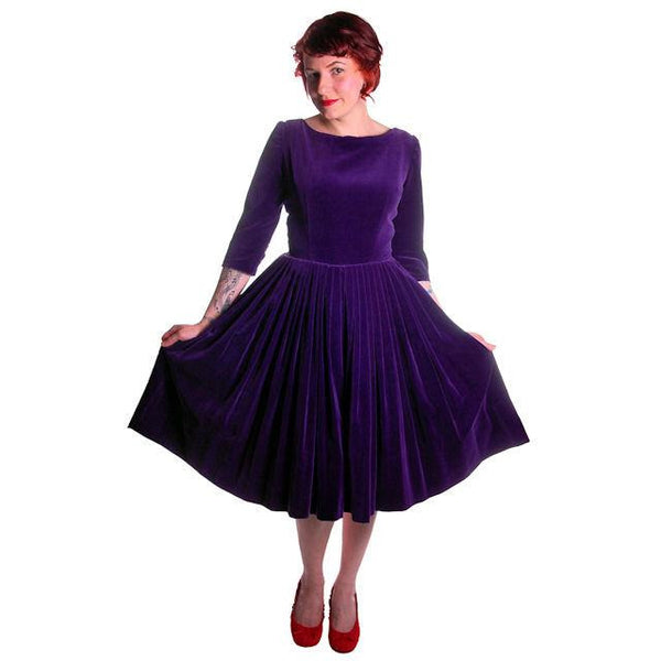 Vintage Dress Full Skirt Grape Purple Velvet  1950's 37-26-Free - The Best Vintage Clothing  - 1