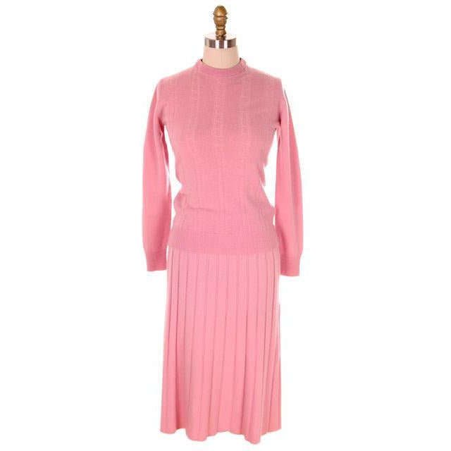 Vintage Womens Pink Cashmere Sweater Suit 1950s - The Best Vintage Clothing  - 1