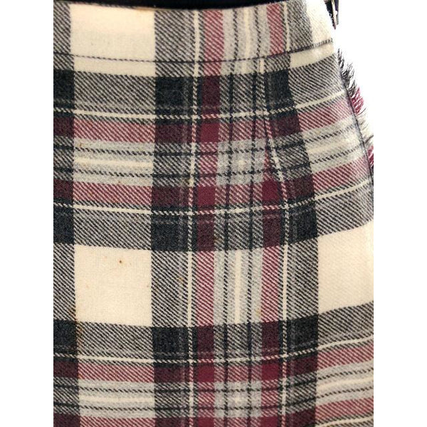 Vintage Scottish Plaid Kilt Skirt Pitlochry 100% Wool - The Best Vintage Clothing  - 4