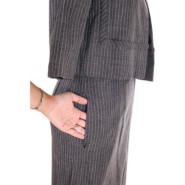 Vintage Ladies Suit Charcoal Gray Pinstripe Harvey Berin 1950s Small - The Best Vintage Clothing  - 5
