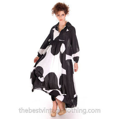Dramatic Vintage 1960s Marimekko  Graphic Tent Dress Black & White S - The Best Vintage Clothing  - 7