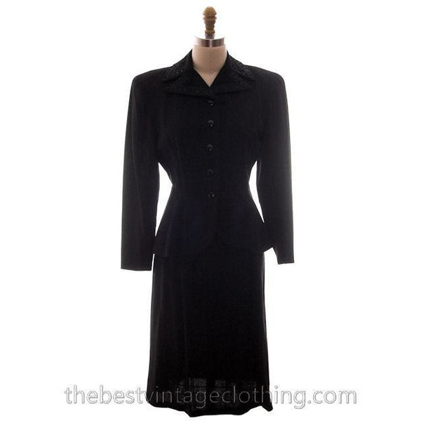 Vintage Suit Classic 1940s Ladies Black Crepe Swansdown Embellished Collar Small - The Best Vintage Clothing  - 2