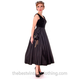Black Velvet/Taffeta 1950s Party Gown Full Circle Vintage Dress w Rose 32-23-Free Small - The Best Vintage Clothing  - 1