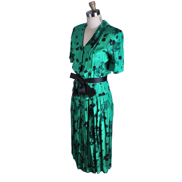 Vintage 1940s Dress Green Black Print Rayon WW2 Womens Sz S Hip Accent