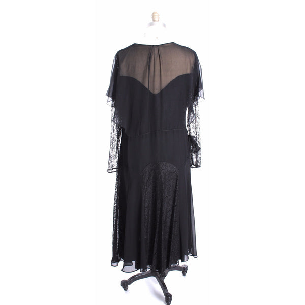 Stunning Vintage  1930s Silk Chiffon/ Lace Gown Size M Black Excellent Condition Wearable - The Best Vintage Clothing  - 4