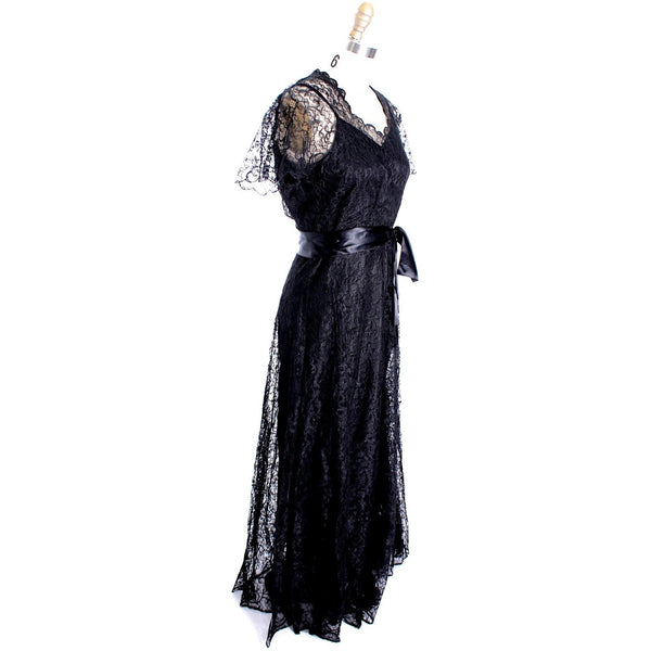 VTG 1940s Lace Gown Black Full Length M + Slip Wearable 40-32-44 - The Best Vintage Clothing  - 4