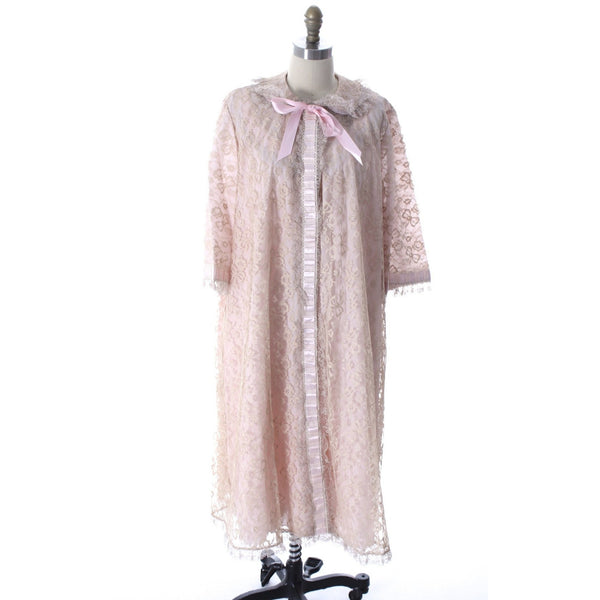 Odette Barsa VTG Nylon Lingerie Nightgown Robe Set Lace Peignoir Negligee Pink M & L NWT 1960s - The Best Vintage Clothing  - 14