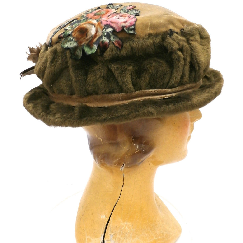 f76e76d64564e ... Antique Hat Edwardian Ladies Toque Mohair Birdwings Feathers Floral  Applique Large - The Best Vintage Clothing ...