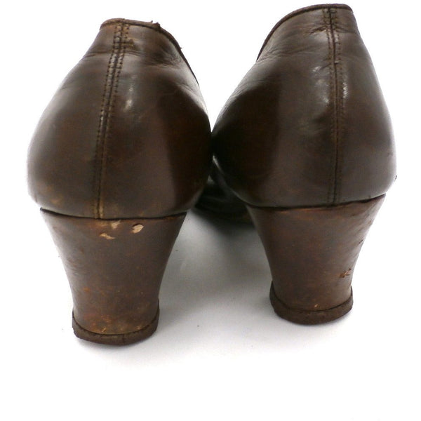 Vintage Ladies Shoes Pumps Brown Leather Late Teens-Early 1920s Size 6B John Ward - The Best Vintage Clothing  - 3