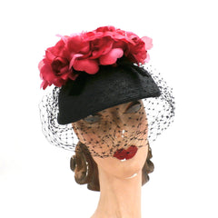 Vintage Ladies Bucket Hat Black Straw w/ Red Silk Flower Crown 1940s - The Best Vintage Clothing  - 1