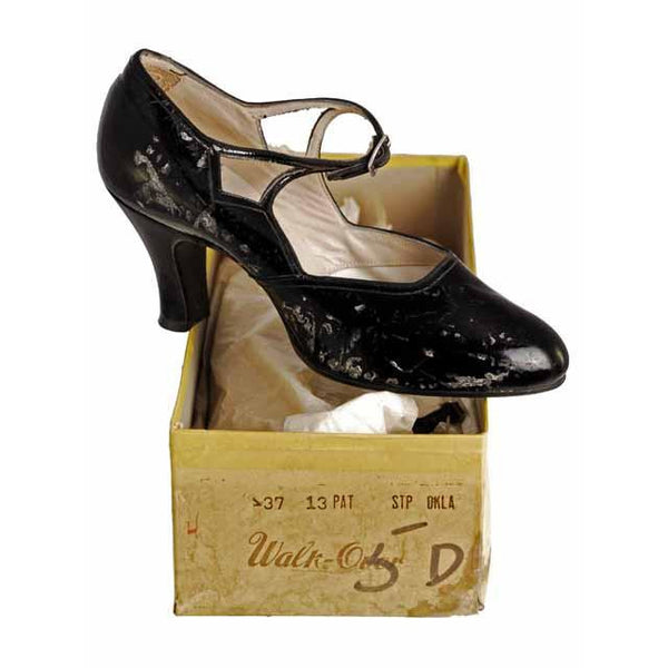 Vintage Black Mary Janes Style Heels Patent Leather Shoes 1920 NIB  EU37 US 6.5N - The Best Vintage Clothing  - 2