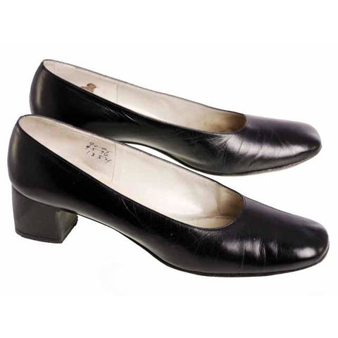 Vintage Black Shoes Pumps Margaret Jerrold 1970s 9AA & Box