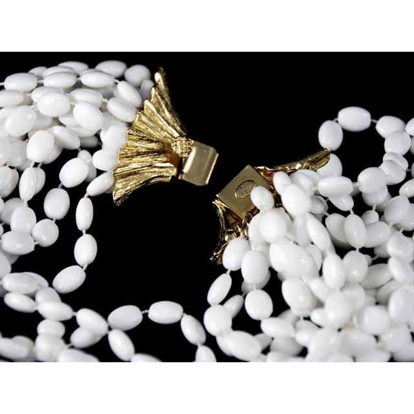 Vintage  Estate Jewelry Necklace Choker White-White Beads Vogue 1950S - The Best Vintage Clothing  - 4