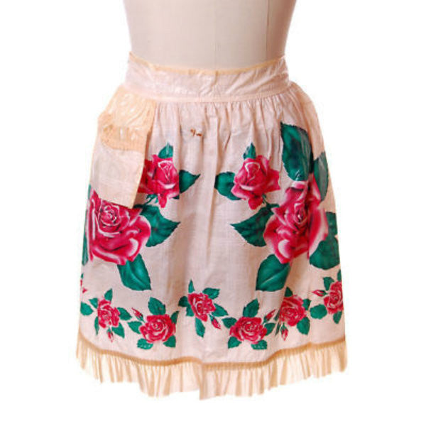 Vintage Plastic Apron Large Red  Rose Motif 1940'S - The Best Vintage Clothing  - 1