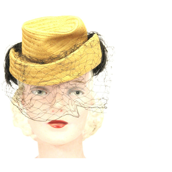 Vintage Suiter Hat Small Natural Straw Fascinator Veiled Hat Brown Feathers 1940s O/S