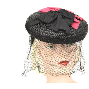 Vintage 1940s Fascinator Hat Black Straw Red Ribbon Veil WW2 O/S