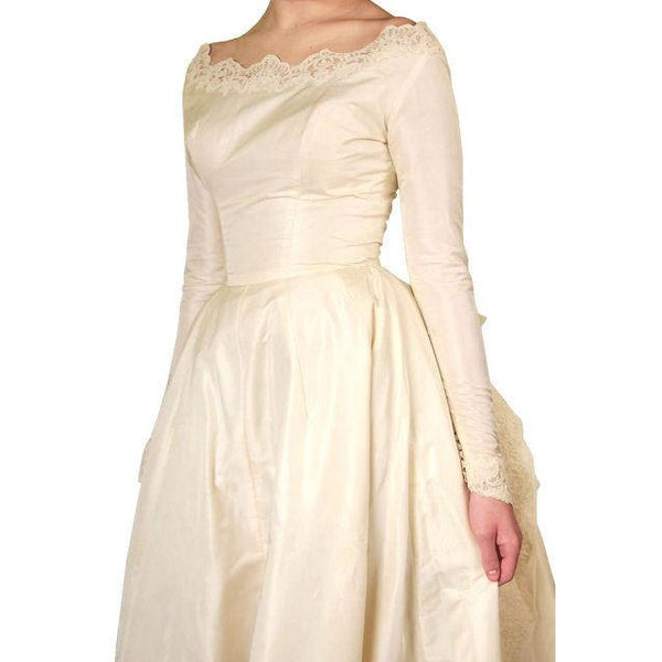 Vintage Champagne Ivory Silk Wedding Gown & Wax Look Headpiece- Veil 1949 Small - The Best Vintage Clothing  - 11