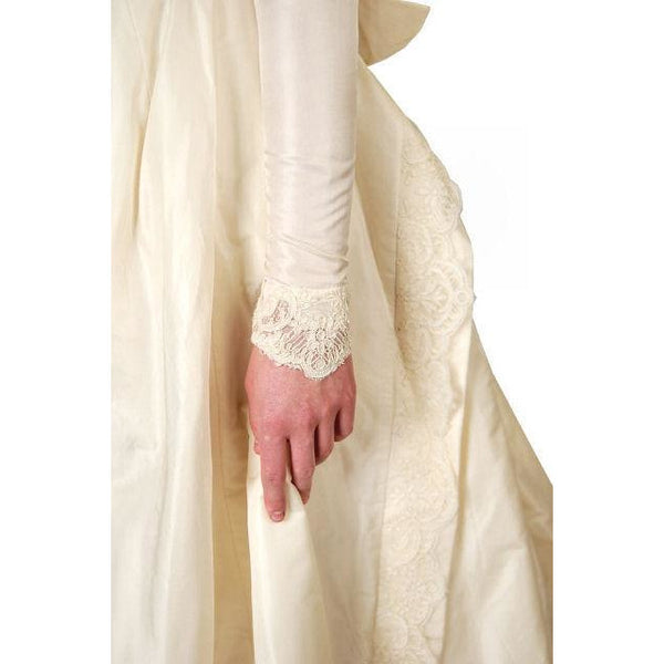 Vintage Champagne Ivory Silk Wedding Gown & Wax Look Headpiece- Veil 1949 Small - The Best Vintage Clothing  - 5