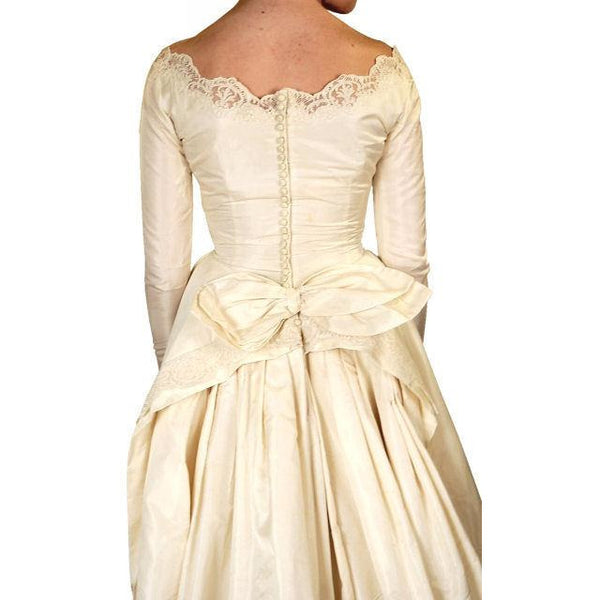 Vintage Champagne Ivory Silk Wedding Gown & Wax Look Headpiece- Veil 1949 Small - The Best Vintage Clothing  - 4