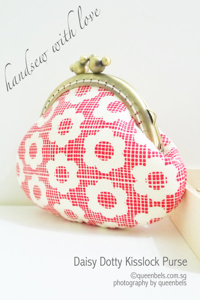 Daisy Dotty Kisslock Purse