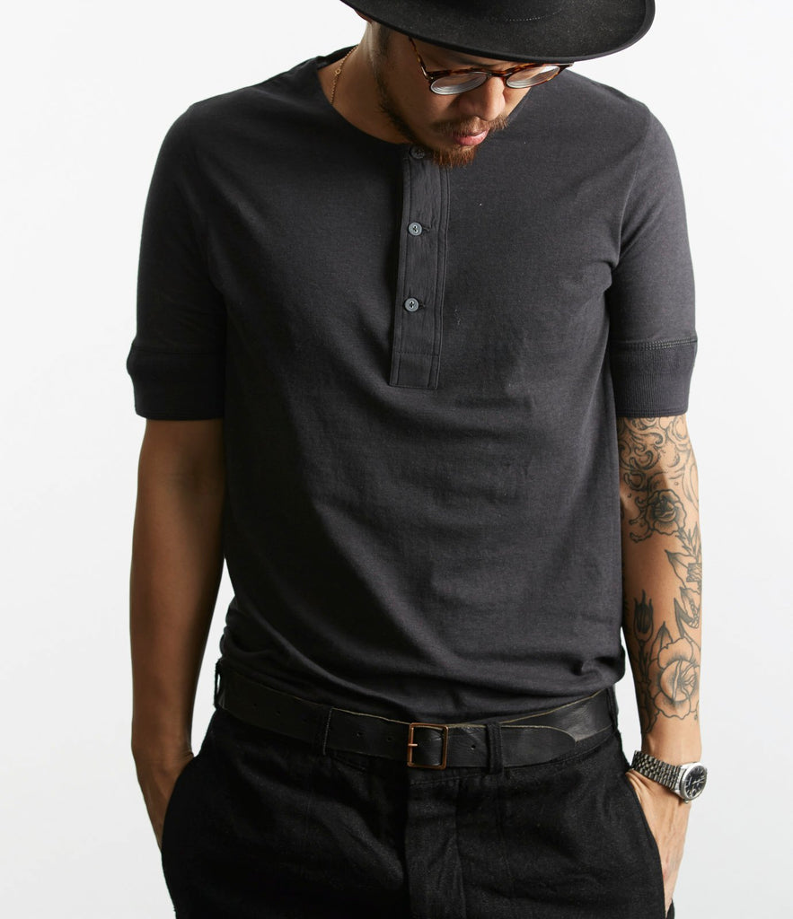 103 henley short sleeve<br/>charcoal