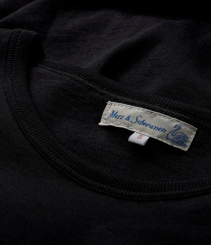 1950's crew neck tee<br/>deep black