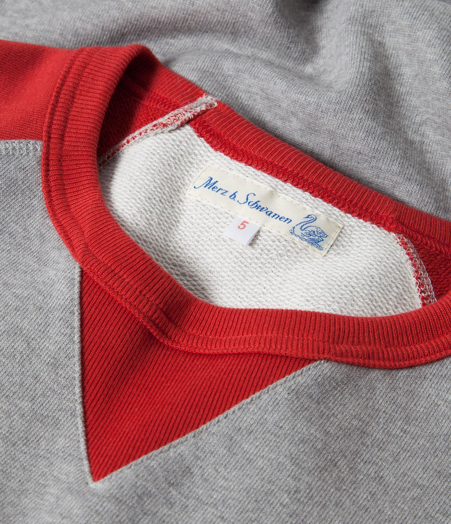 347T crew-neck sweatshirt sh. slv.<br/>grey mel.-red