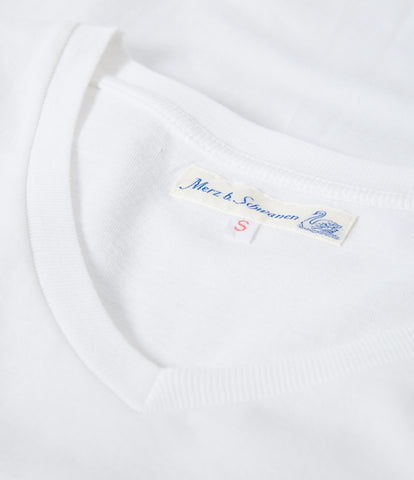 Women's<br/>19.70sw fitted V-neck<br/>white