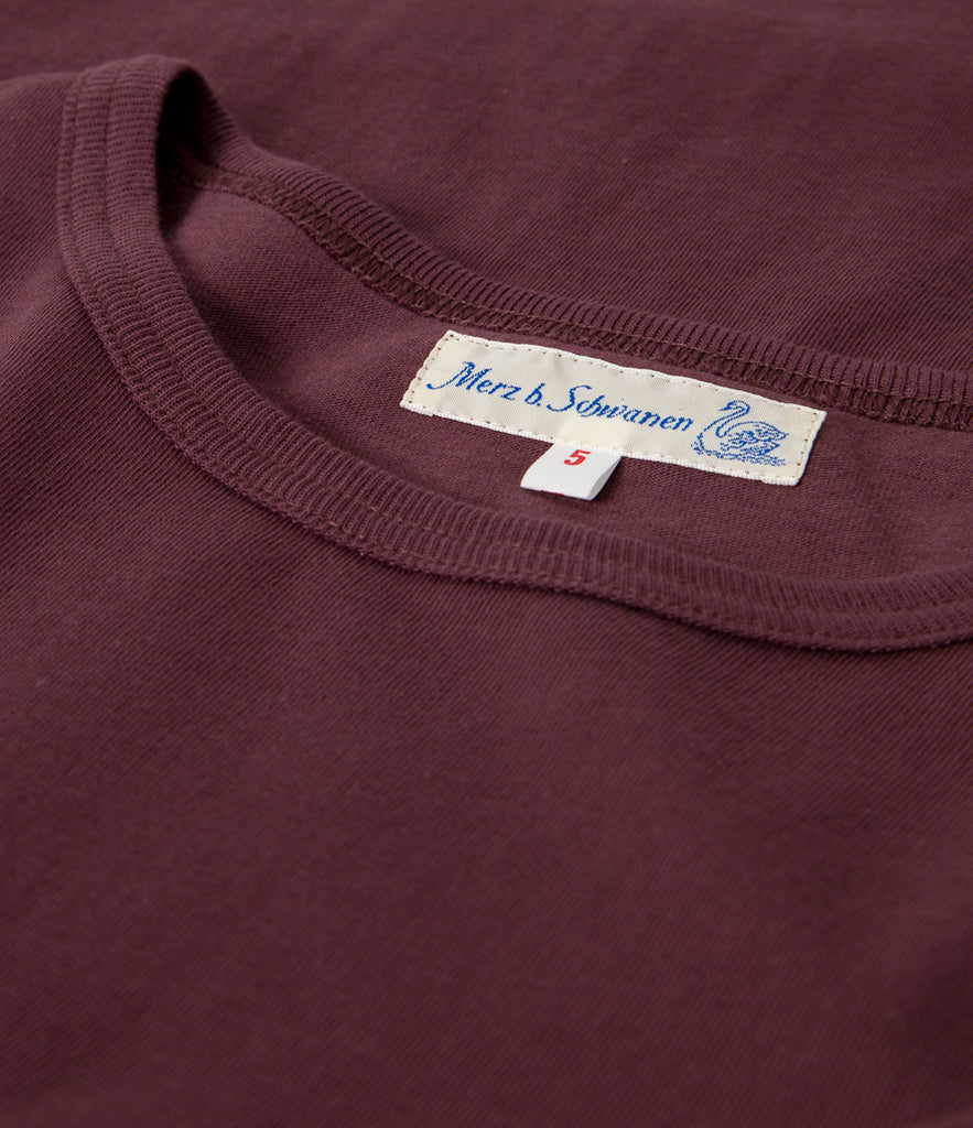 Men's <br/>215 classic crew neck T-shirt <br/>red oak