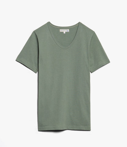 Men's<br/>1970's v-neck tee<br/>light army