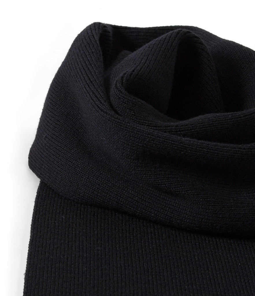 Unisex<br/>M92 merino knitted scarf<br/>deep black