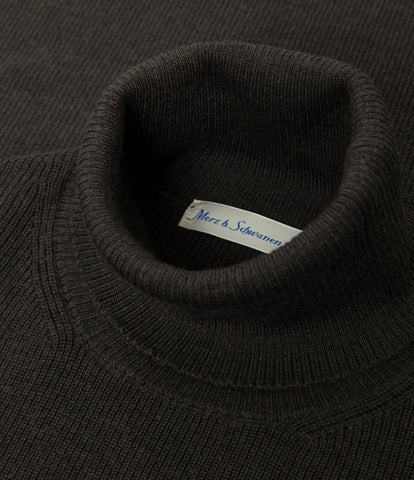 Unisex <br/>MW.CT merino wool classic turtle neck pullover <br/>army