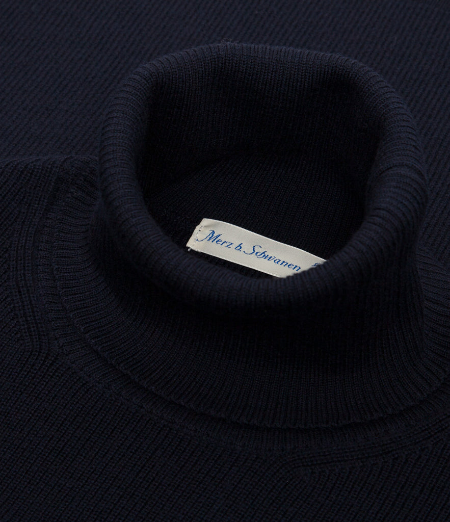 Unisex <br/>MW.CT merino wool classic turtle neck pullover <br/>dark navy