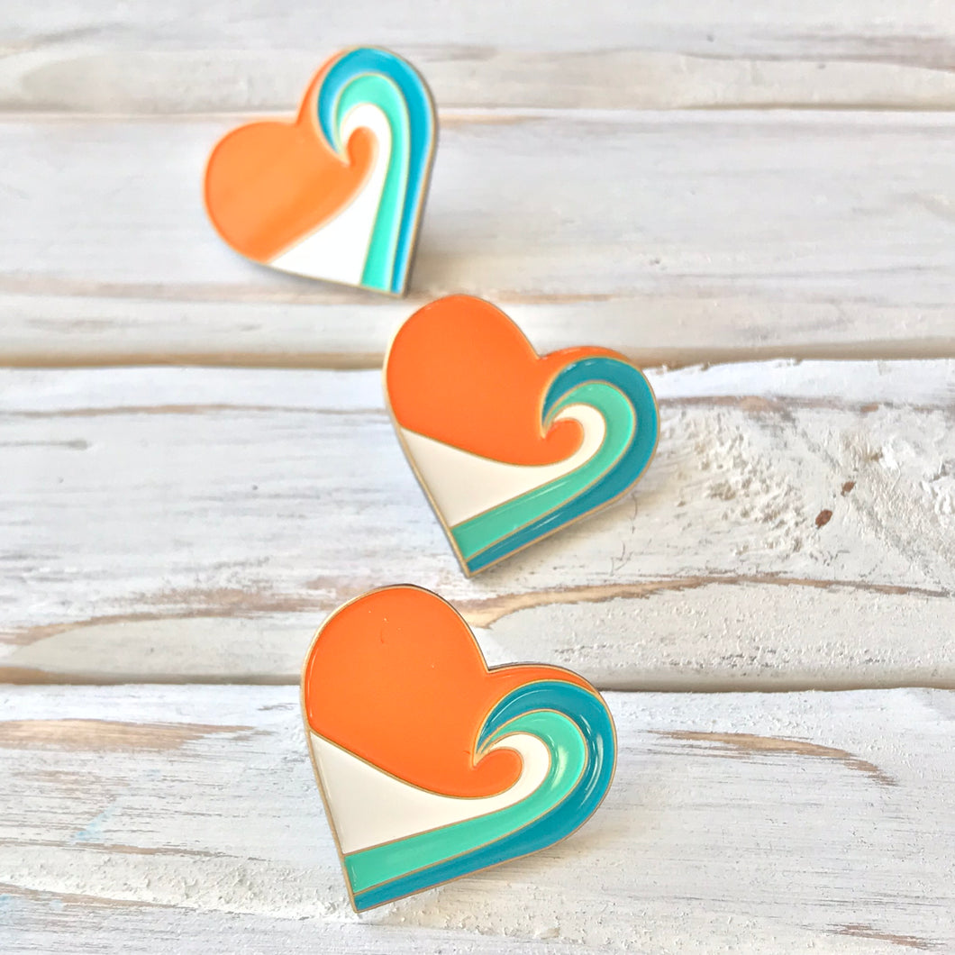 Sunset Wave Heart Pin (1