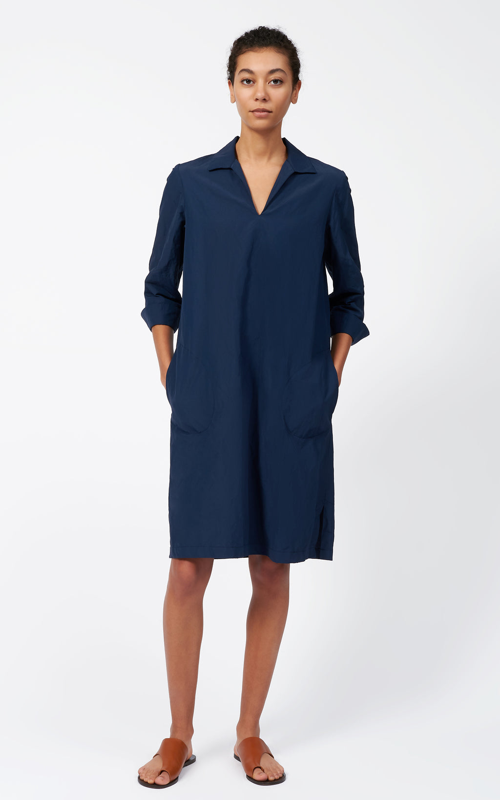 COLLARED V-NECK DRESS - NAVY