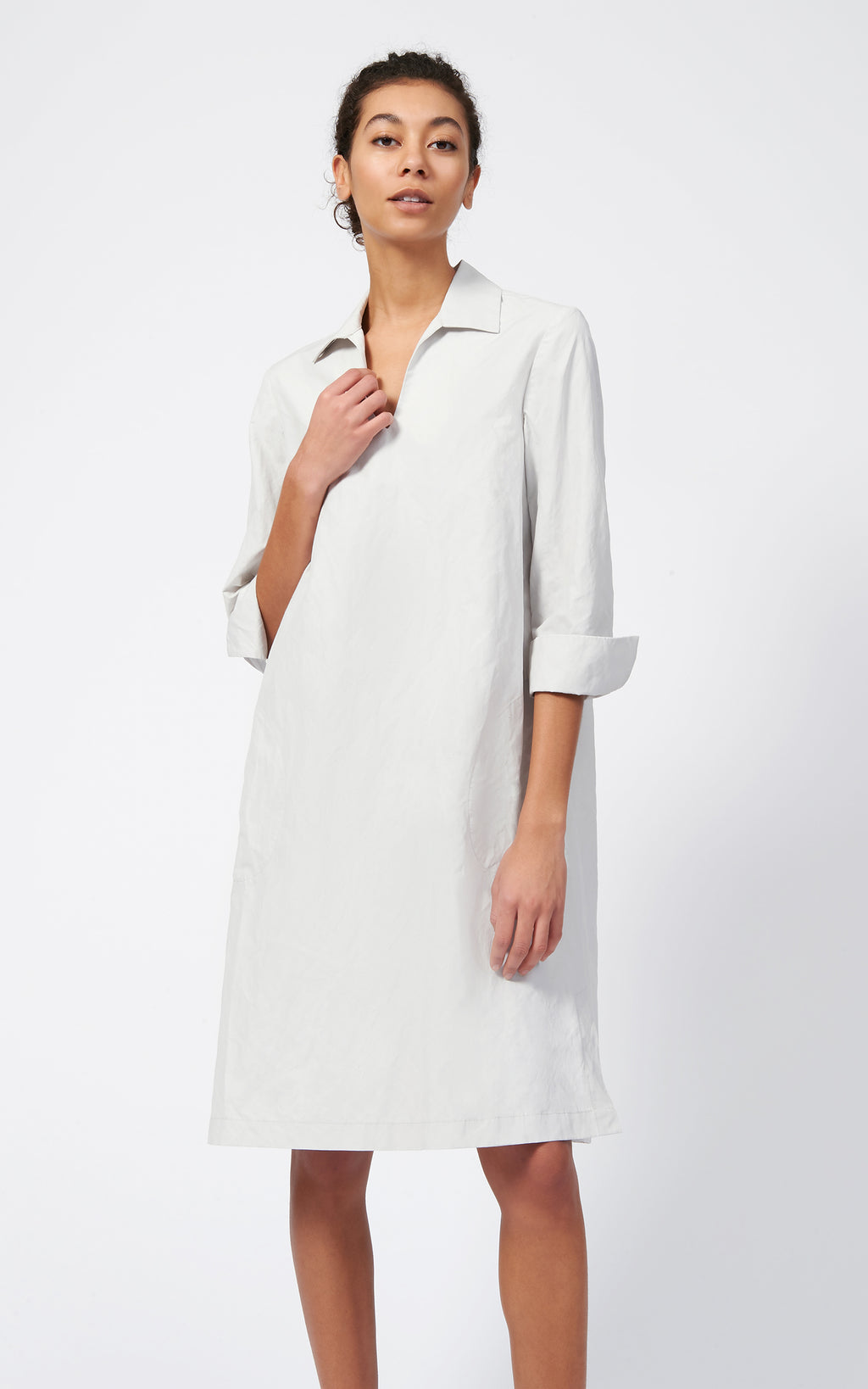 COLLARED V-NECK DRESS - STONE
