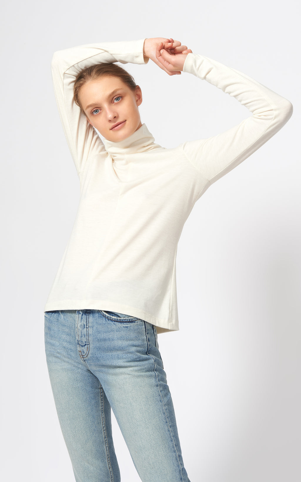 SEAMED TURTLENECK - IVORY