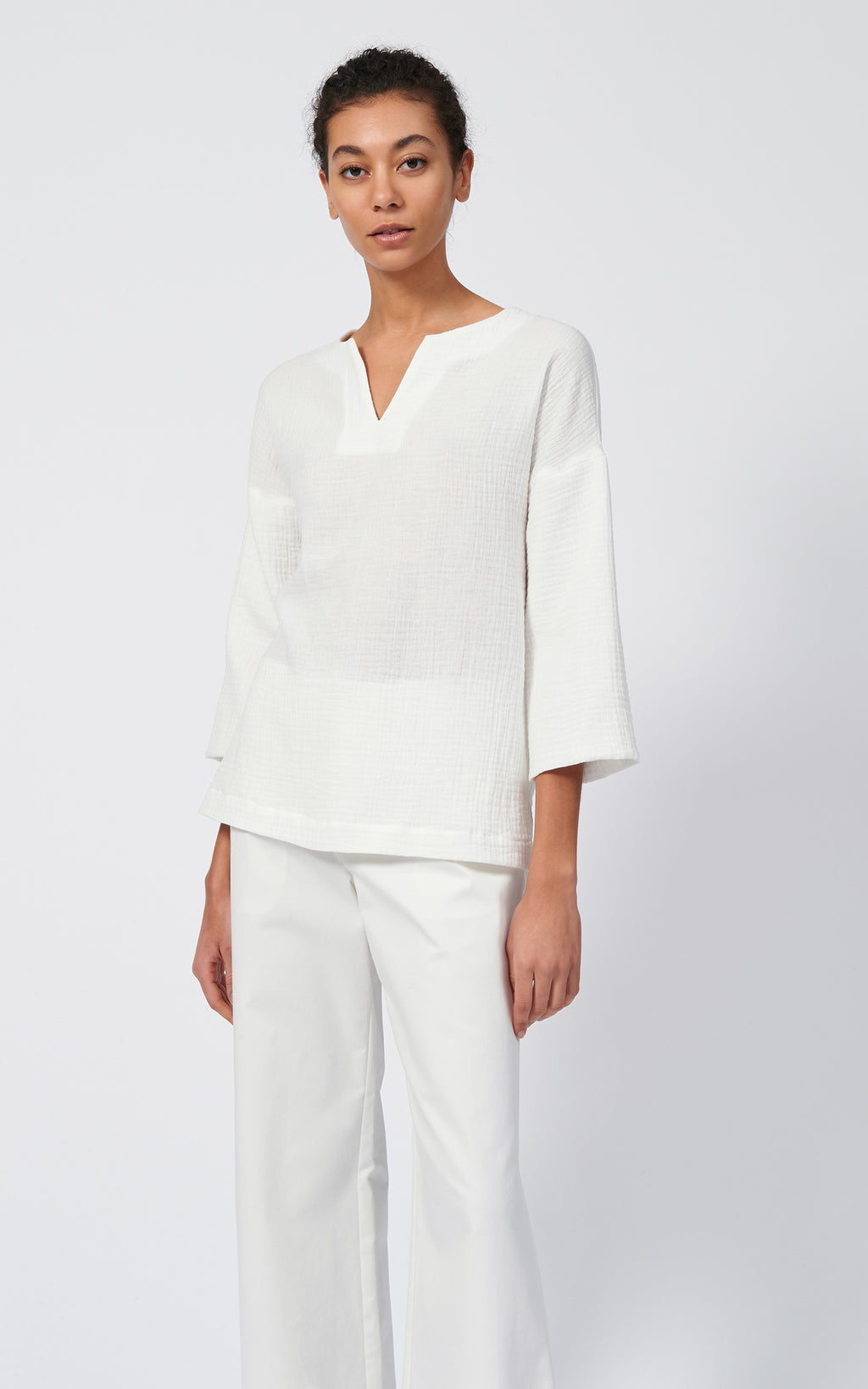 GAUZE V PLACKET PULLOVER