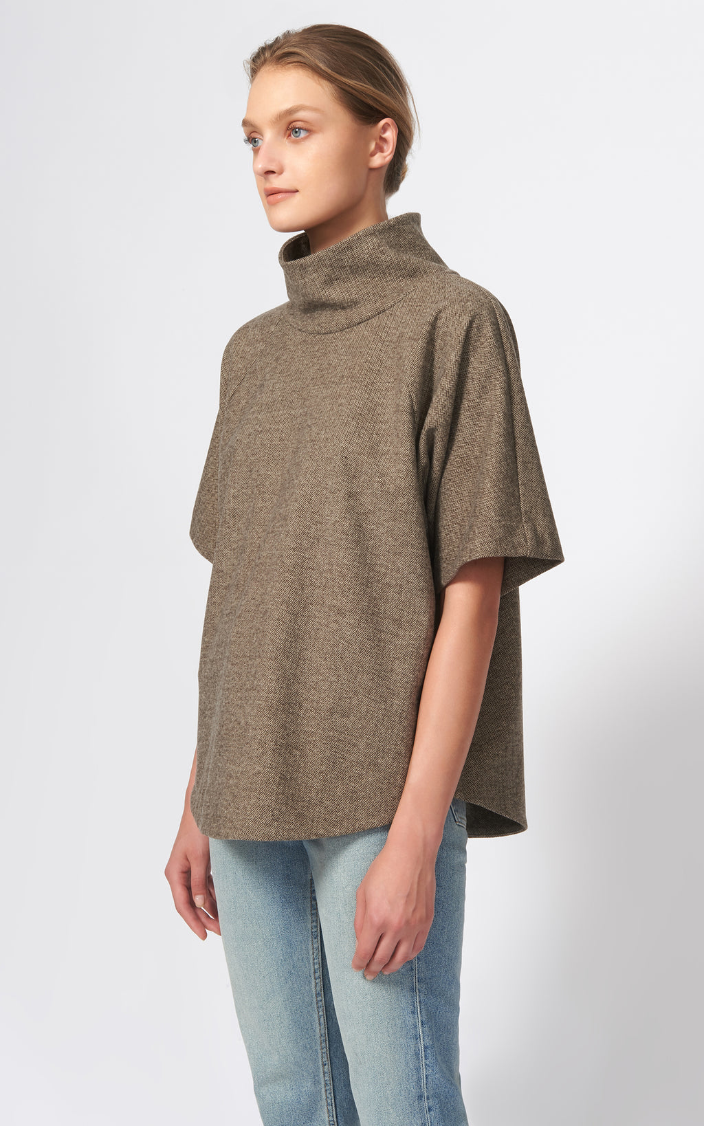 DROP SLEEVE T-NECK - TAUPE CHEVRON