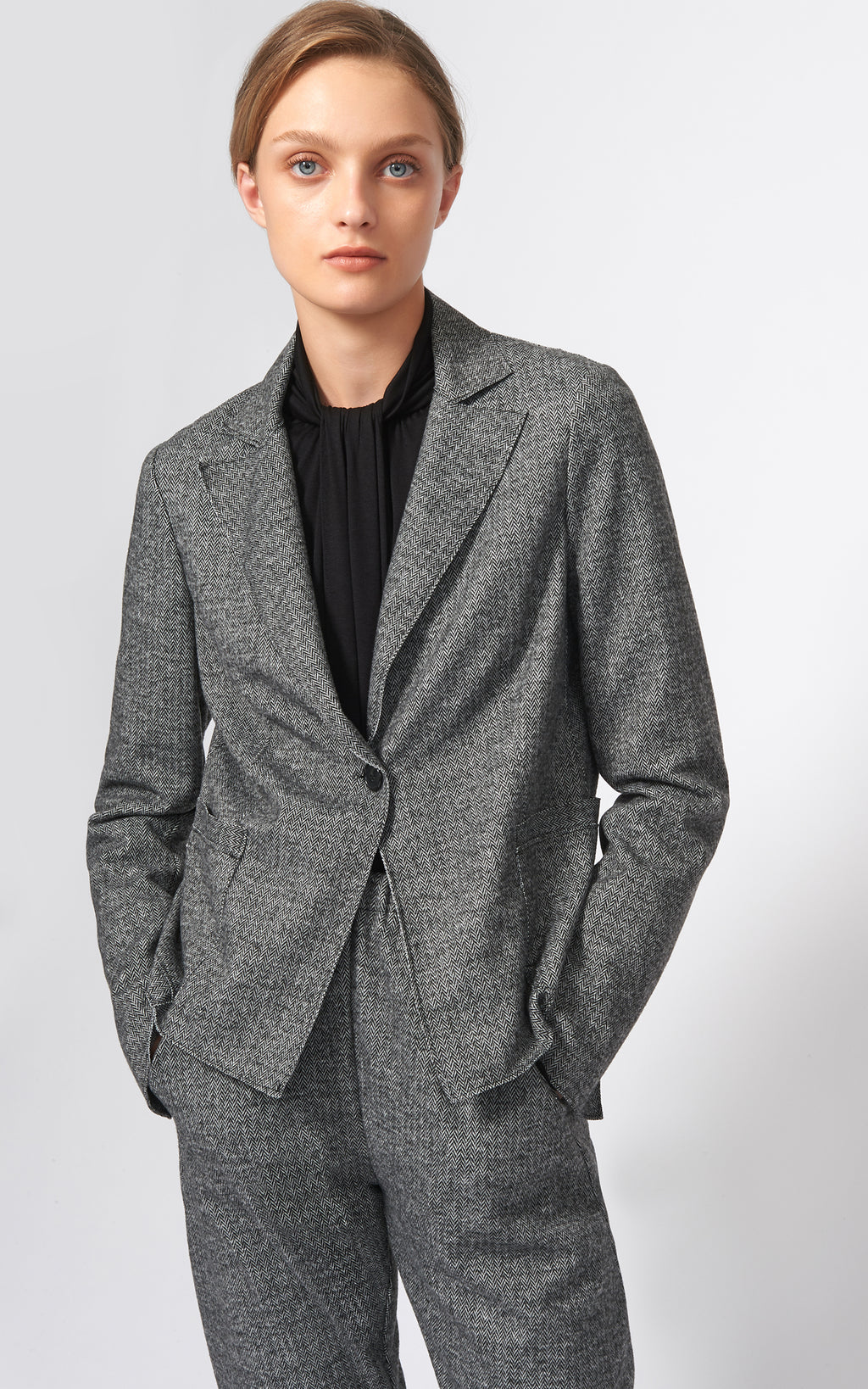 CHEVRON RAW EDGE BLAZER
